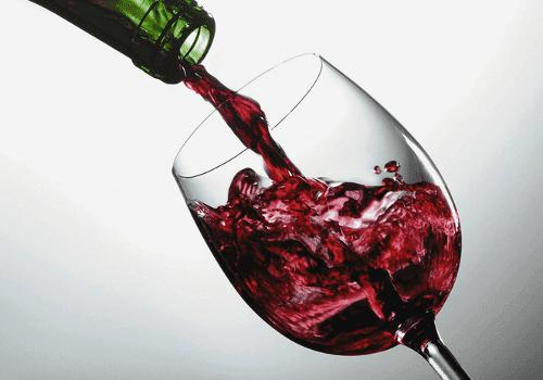 Korzystny wpływ czerwonego wina na zdrowie jelit