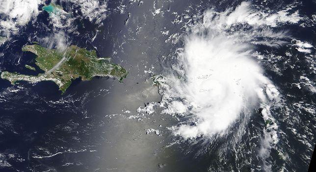Naukowcy w oku huraganu Dorian