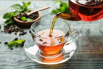 Ciepła herbata łagodzi stres
