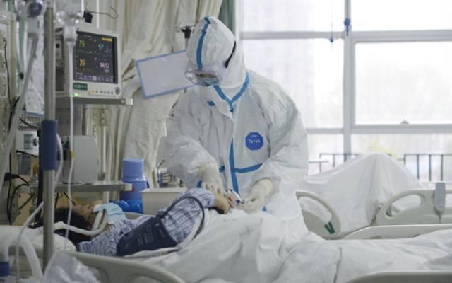 Premier: W Polsce działają dwa laboratoria prowadzące badania koronawirusa, a sześć kolejnych jest uruchamianych