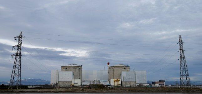 Francja zamyka najstarszą elektrownię jądrową