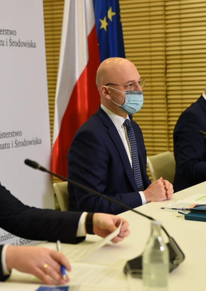 """Rozpoczęły się konsultacje publiczne projektu """"Polskiej Strategii Wodorowej"""""""