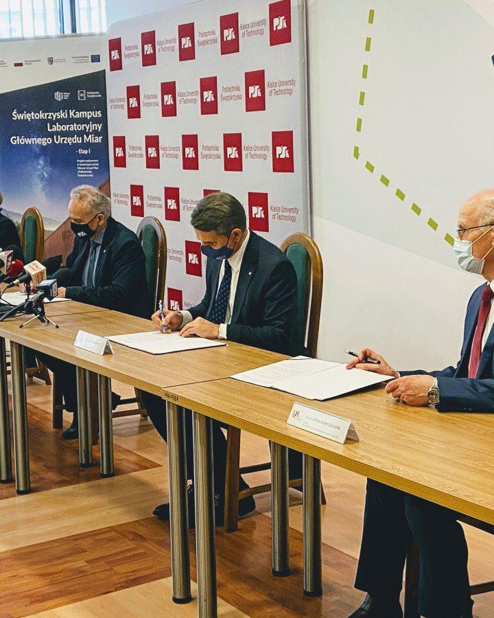 Trójstronne porozumienie intencyjne pomiędzy GUM a PŚK oraz UJK w Kielcach podpisane